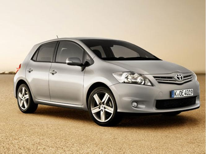 Автоконцерн Toyota снова отзывает с рынка 2 миллиона своих автомобилей