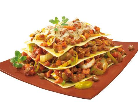 rezept f r vegetarische lasagne mit linsen hauptspeisen. Black Bedroom Furniture Sets. Home Design Ideas