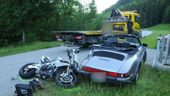 thiersee rosenheim motorradfahrer stirbt bei kollision. Black Bedroom Furniture Sets. Home Design Ideas