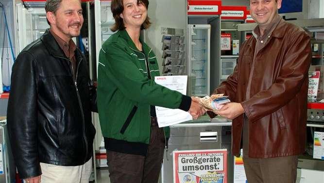Media Markt Rosenheim hält Werbeversprechen Kundin erhält  ~ Geschirrspülmaschine Media Markt