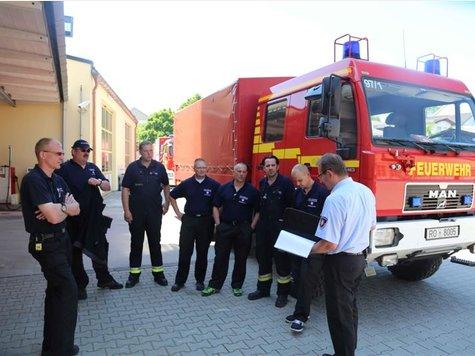 Hochwasser: Freiwillige Feuerwehr Rosenheim hilft in Deggendorf ...