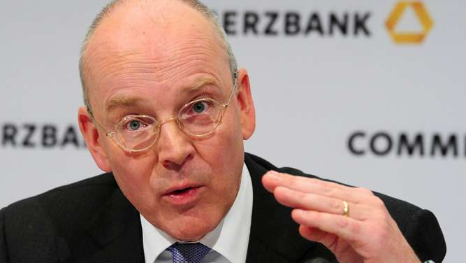 Martin Blessing, Commerzbank