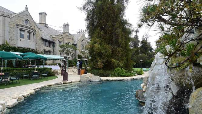 Hugh Hefners Playboy Mansion