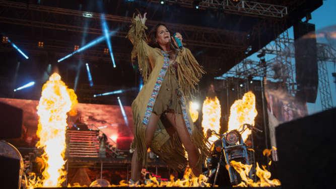 Unfall auf der Bühne! Feuer-Drama um Andrea Berg