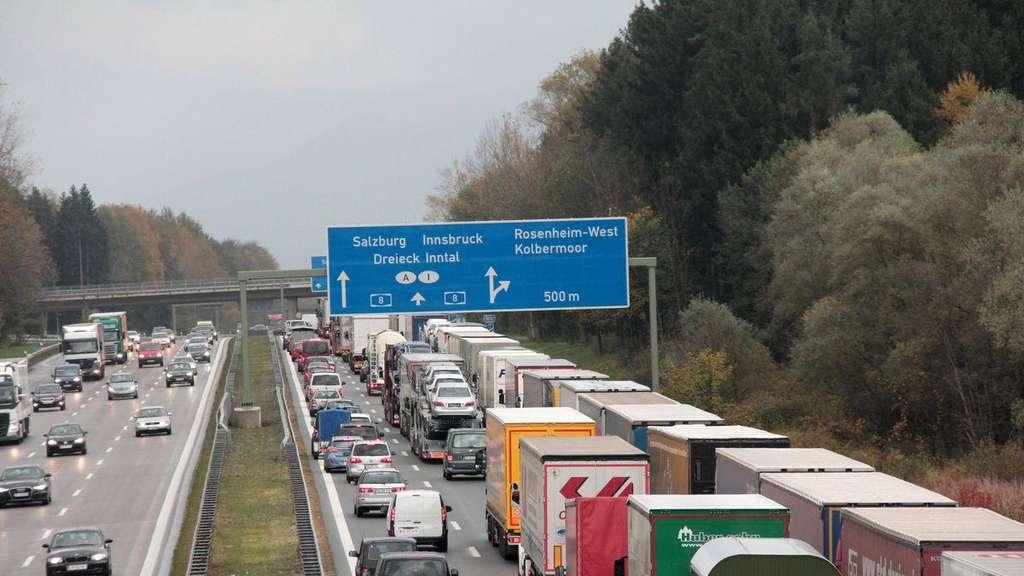 Lkw-Fahrverbot und Blockabfertigung in Österreich
