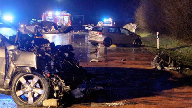 Schrecklicher Unfall auf der A1 in Schleswig-Holstein: drei Männer tot