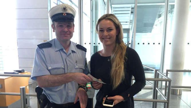 Lindsey Vonn steckt stundenlang auf Flughafen fest