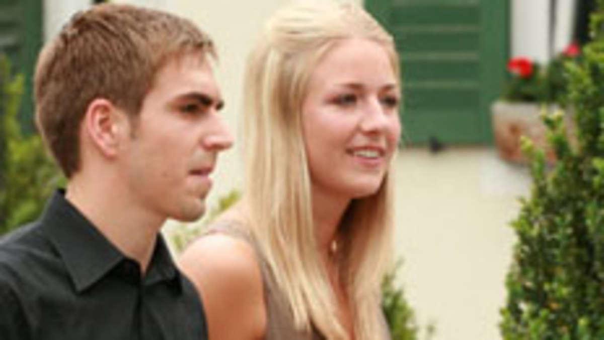 Philipp Lahm Heiratet In Aying Seine Claudia Die Details Zur
