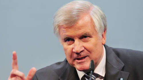 Seehofer goes Youtube