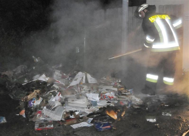 Müllcontainer in Brand