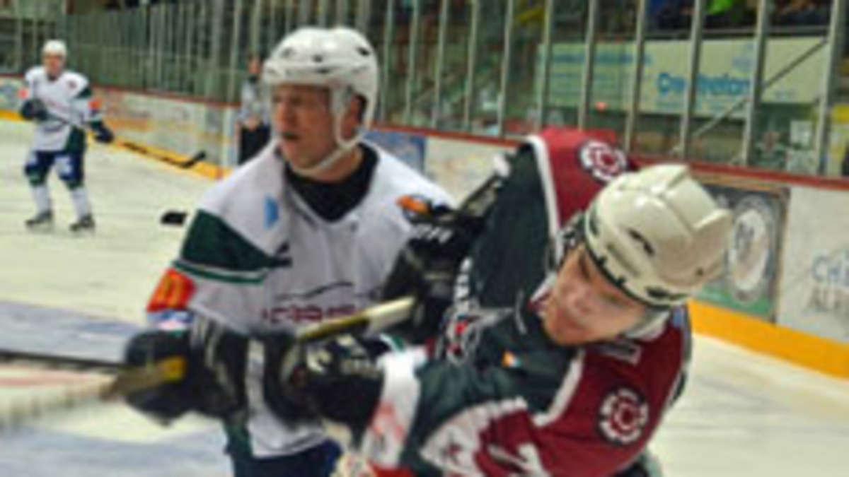2. Eishockey-Bundesliga: Starbulls gegen Bietigheim Steelers ...