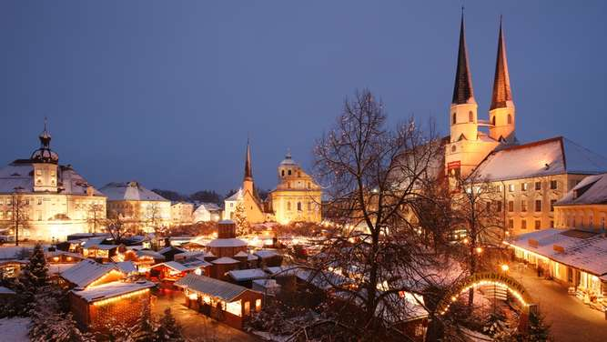 Der Christkindlmarkt in Altötting.