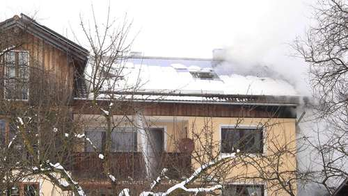 Haus in Evenhausen in Brand