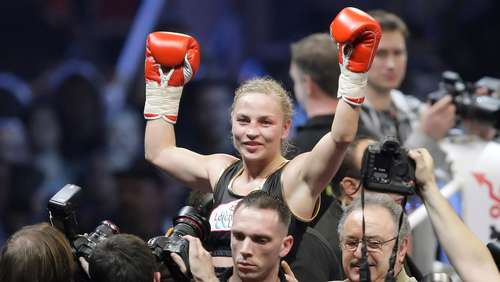 Halmich: Aufnahme in Women's Boxing Hall of Fame