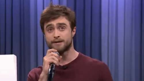 Ohne Zauberei: Harry Potter rappt in Talkshow!