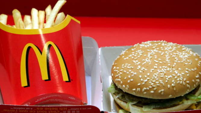 Prosecco und Burger: Candle Light Dinner bei McDonalds
