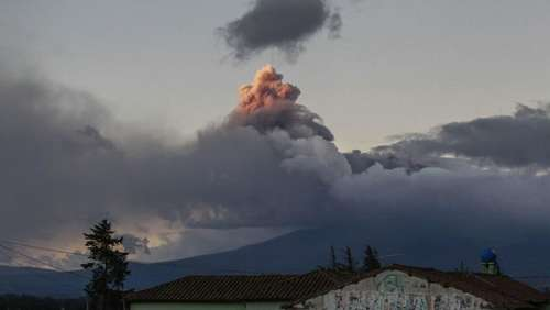 Aktiver Vulkan: Nationalpark Cotopaxi in Ecuador gesperrt