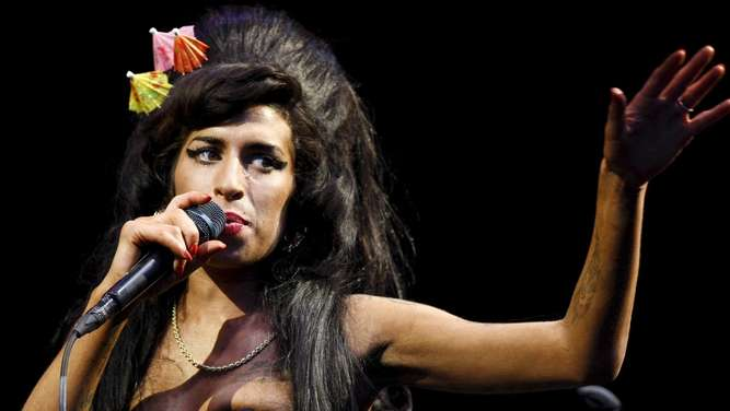 Amy Winehouse, Drogen, Sucht, Alkohol, London