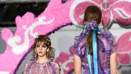 Bunte Mode und Protest: Londons Fashion Week hat begonnen