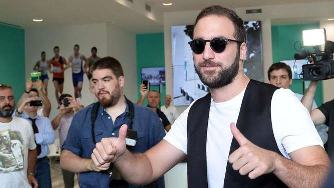 Gonzalo Higuaín ist bereits in Turin. Foto: Alessandro di Marco