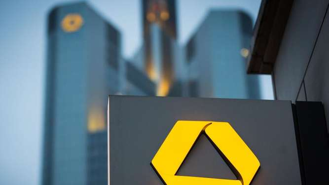 Zentrale der Commerzbank in Frankfurt am Main. Foto: Frank Rumpenhorst/Illustration