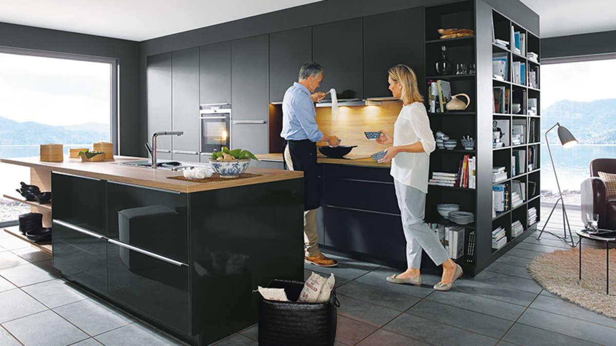 rosenheim komfortable designerk chen bei m bel spanrad aus rosenheim rosenheim. Black Bedroom Furniture Sets. Home Design Ideas