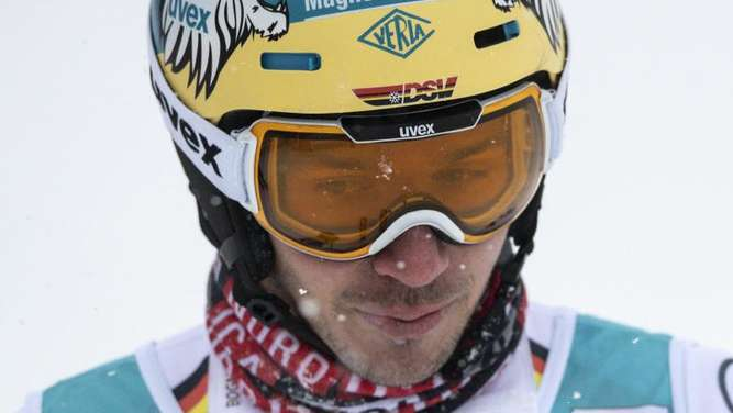 Ratlos: Slalom-Ass Felix Neureuther. Foto: Peter Schneider