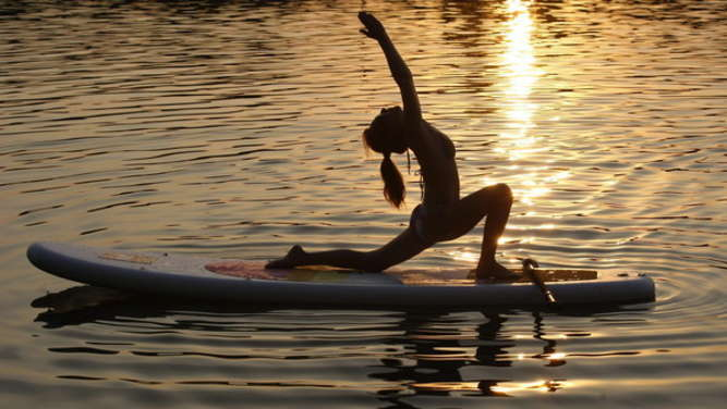 Stand Up Paddling-Yoga