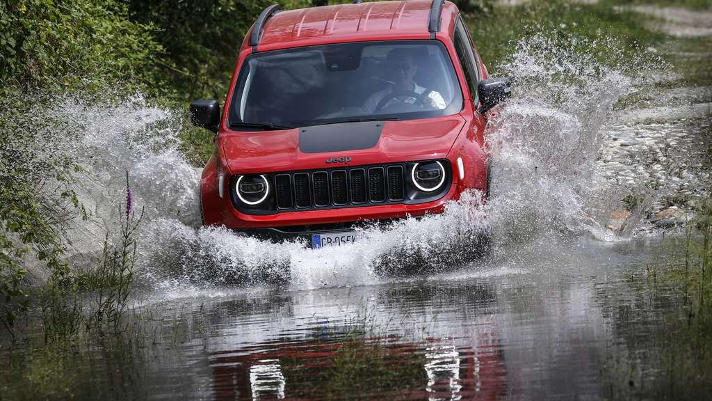 Jeep Renegade 4xe watend.